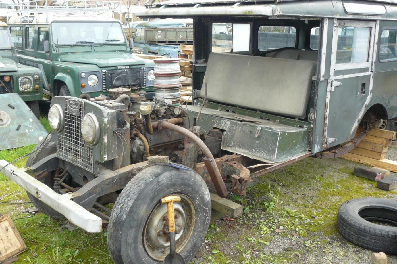 Land Rover 107 Station Wagon Recommisioning Over 3 Years Jake Vehicle To Trailer Wiring Australian Owners Remaining Series 1 With Engine Still In Position And Bulkhead Removed