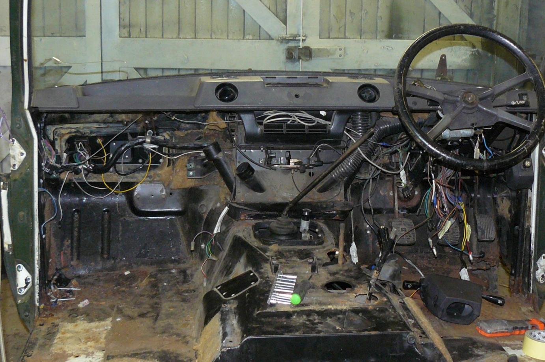 Range rover classic restoration jake wright ltd - Range rover classic interior parts ...