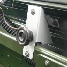 The original land rover screw type vent controls now in position