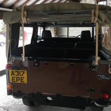 Now you can see the back of the land rover with the new hood fitted