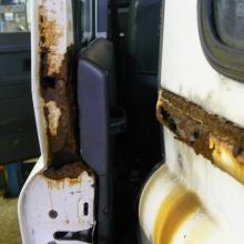 The rear side doors on the land rover 110 station wagon corrode very badly at the waist line