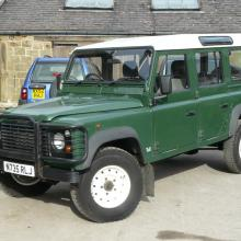 land rover defender 110 station wagon with 300 tdi engine