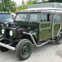 The land rover 107 series one 107 was now able to move under its own power for the first time after over 20 years