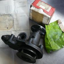 land rover 2 litre water pump during overhaul