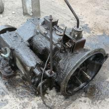land rover series 1 gearbox in a very dirty condition before being cleaned and inspected for reconditioning