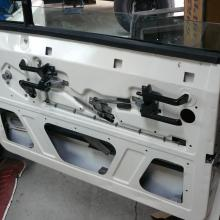 The range rover classic door has now got the interior handles fitted