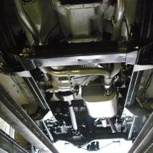 Here is a view of the range rover classic underside looking like new