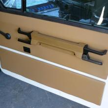 New door cards have been made and fitted to the range rover classic doors