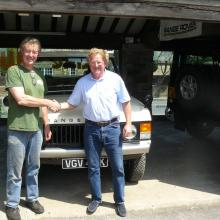 Geoff Mountain with his Range Rover AT JAKE WRIGHT's SEEN HERE WITH john wright