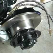 range rover classic swivel housing and front hub with new brake disk fitted