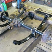land rover axle and chassis during the refurb