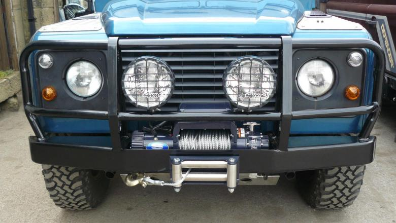 Landrover defender Superwinch winch