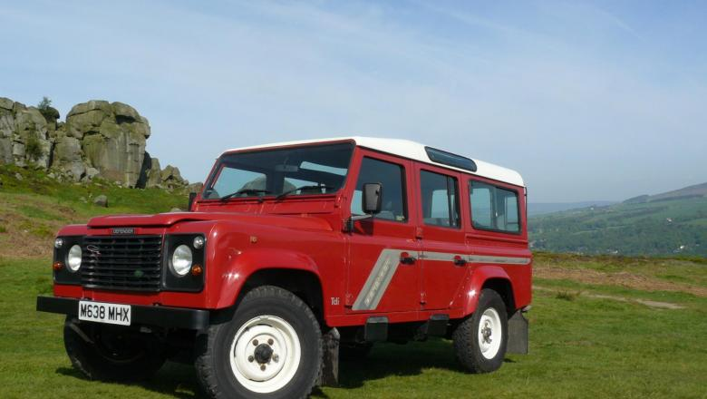 LAND ROVER 110 FOR SALE 300 TDI STATION WAGON