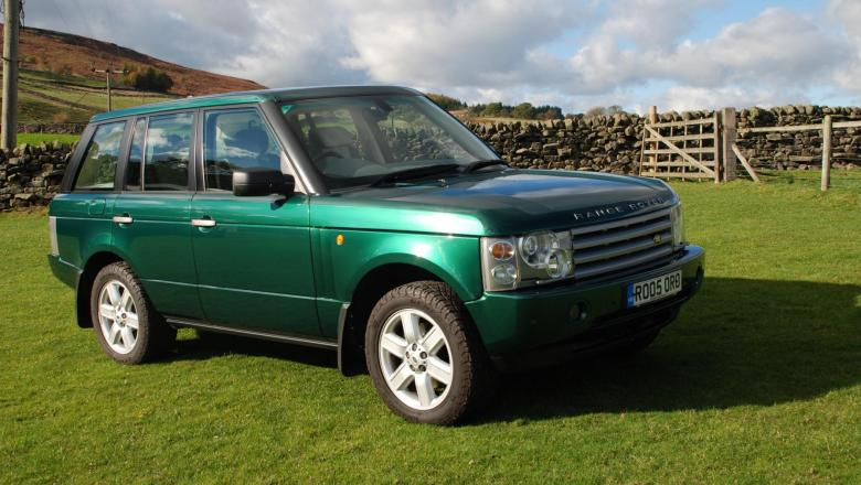 A very nice range rover l322  Autobiography  is for sale at jake wright's